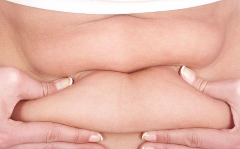 满足 这些 条件 至少 不是 人人 瘦身 皮肤 脂肪 手术 出现 伤口