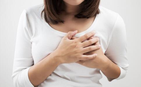 女性乳腺增生的三个症状 导致女性乳腺增生的原因 女性乳腺增生最新注册送体验金平台吃什么