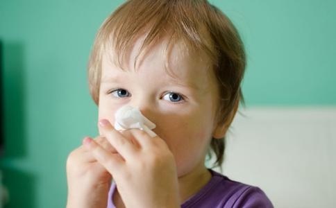 冬天容易流鼻血怎么办 冬天容易流鼻血的原因 如何预防流鼻血