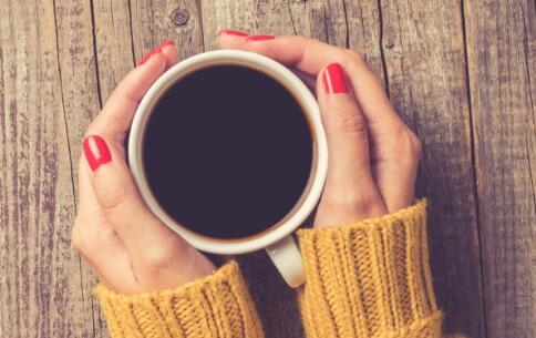 未穿秋裤痛倒地 经期怎么保暖 女人身体怎么保暖