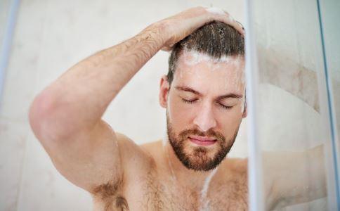 哪些错误洗澡方式会导致心脑血管 如何预防心血管疾病 导致心血管疾病的坏习惯有哪些