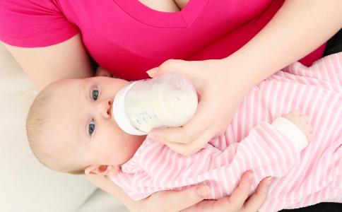 奶水不够怎么办 产后催奶吃什么比较好 为什么会奶水不足