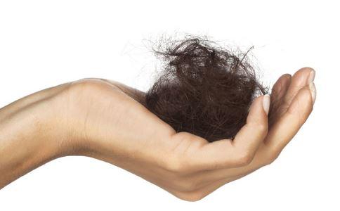 女性为什么老是掉发 女性脱发是什么原因 女性吃什么食物可以滋养秀发