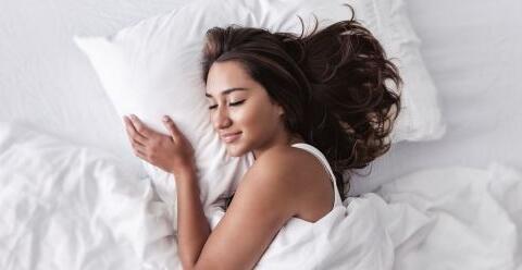 为何女人睡觉会出汗 为什么会盗汗 盗汗怎么办