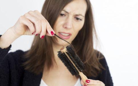 脱发怎么办 脱发如何调理 脱发吃什么好