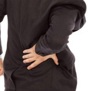 男人腰痛是什么原因 男人腰痛的原因有哪些 男人为什么会出现腰痛