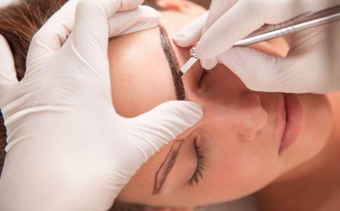 纹眉后几天可以碰水 纹眉后有哪些注意事项 哪些人不适合纹眉