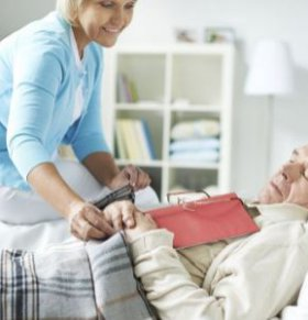 阿尔茨海默症早期有哪些指标 阿尔茨海默症有什么临床表现 如何预防阿尔茨海默症