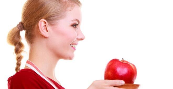 吃苹果要削皮吗 苹果皮有什么好处 吃苹果带皮有哪些好处
