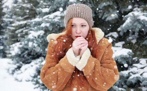 冬季女性进补吃什么好 女性冬季养生要注意哪些 适合女性进补吃的食物有哪些