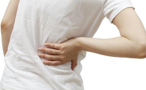 男人腰疼是怎么回事 男人腰疼该怎么办 男人腰疼最佳治疗方法