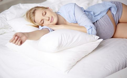 孕晚期同房了有没有事 孕晚期不能做哪些事 孕晚期注意