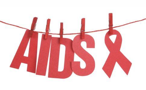 女子骗闺蜜染艾滋 识别艾滋病的早期症状