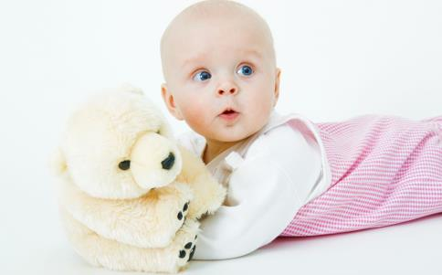 如何培养孩子自主入睡 怎么让孩子自主入睡 让孩子自主入睡