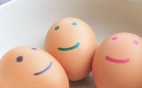 鸡蛋不能和什么一起吃 吃鸡蛋有哪些注意事项 鸡蛋有哪些营养价值