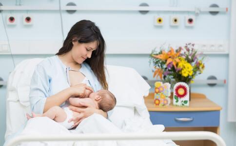 女性产后坐月子要注意哪些 坐月子要注意哪些 如何科学坐月子