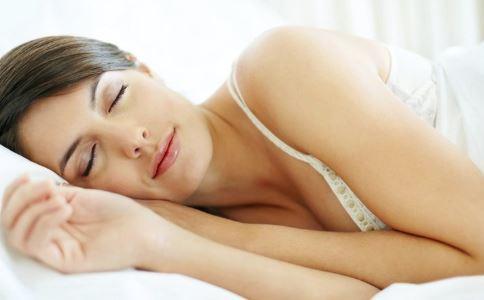 怎么睡觉会加速衰老 如何抗衰老 抗衰老吃什么