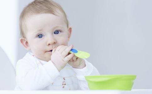 宝宝积食怎么办 宝宝积食如何治疗 宝宝积食吃什么好