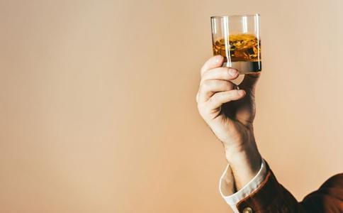 春节假期如何健康饮酒 春节假期健康饮酒方法 过度饮酒的危害有哪些