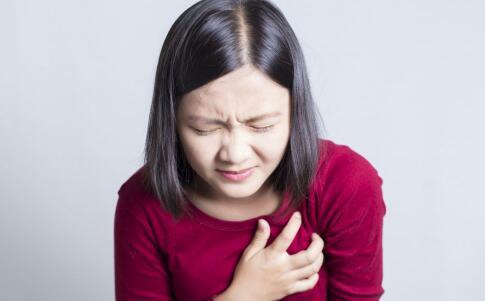 女性为什么会乳腺增生 如何预防乳腺增生 预防乳腺增生要注意哪些