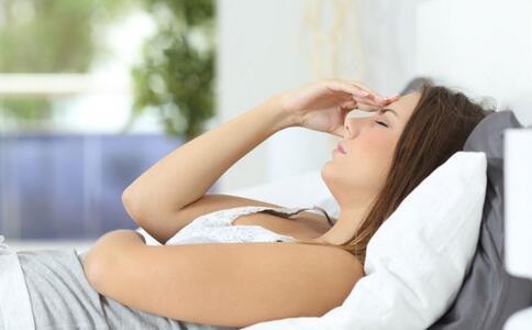 女性气血虚的症状 导致女性气血虚的原因 女性气血虚吃哪些食物好