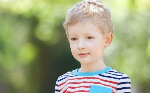 什么是高敏感儿童 孩子脾气大执拗难养怎么办 如何教育高敏感儿童