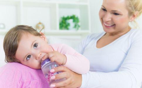 宝宝可以断奶的信号 宝宝什么时候可以断奶 宝宝什么情况可以断奶
