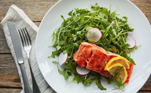 瘦不下来的原因 怎么减肥就是不瘦是怎么回事 吃蔬菜沙拉能减肥吗
