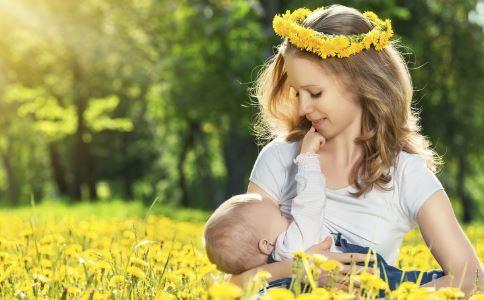 哺乳期母乳变少 哺乳期母乳喂养常识 母乳少怎么办