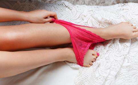 内衣裤可以用开水烫吗 内衣裤该如何消毒比较好 内衣要怎么消毒杀菌