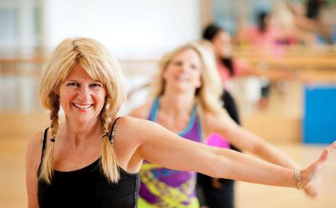 女性40岁后为什么会变成减肥困难户 女性40岁身体有哪些变化 40岁的女性为什么减肥难