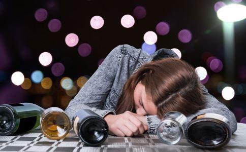 酒后头疼怎么办 酒后如何缓解头疼 有效缓解头疼的方法