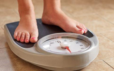 抽脂减肥安全吗 抽脂减肥有危害吗 抽脂减肥的副作用