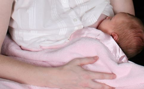 坐月子注意事项 坐月子包巾 坐月子哺乳文胸