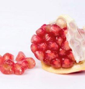 吃什么水果可以美容养颜 中老年女性如何保健 中年女人养颜食谱怎么做
