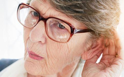 4.6亿人听力受损 如何保护好听力不受损 听力受损的症状
