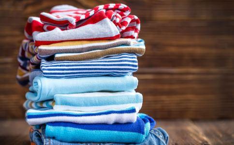 季节交替给宝宝穿多少衣服好 季节交替宝宝如何穿衣 春夏交替的季节应该穿什么衣服