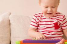 宝宝穿衣3要点 宝爸宝妈们快来学习一下