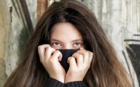 为什么会有黑眼圈 导致黑眼圈的原因有哪些 去除黑眼圈的方法有哪些