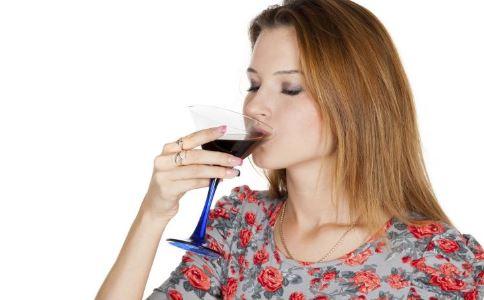 喝红酒减肥 喝红酒可以减肥吗 春季减肥吃什么好