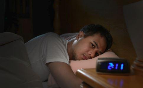 失眠怎么办 失眠怎么治疗 治疗失眠的方法