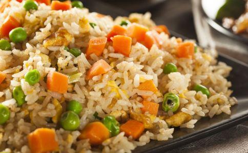 减肥吃什么主食好 哪些主食热量高 炒饭热量高吗
