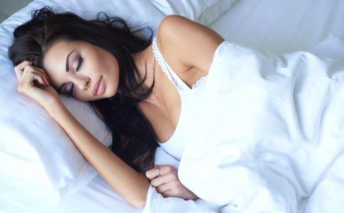月经量太少怎么调理 女性月经量太少怎么办 月经量太少只有一天正常吗