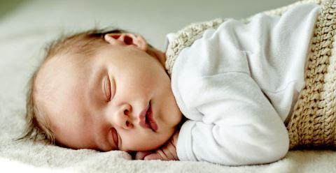 如何应对小儿失眠 宝宝失眠怎么办 宝宝失眠的解决方法