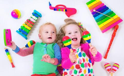 孩子性早熟的原因 性早熟的危害有哪些 哪些食物会导致孩子性早熟