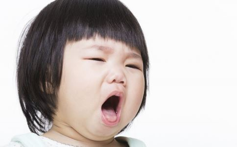儿童咳嗽怎么办 儿童咳嗽如何治疗 儿童咳嗽不能吃什么