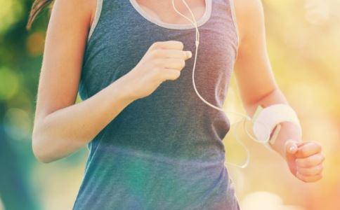 女生经期到底能不能运动 经期到底能不能运动 经期可以运动吗