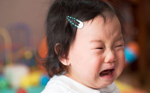 宝宝容易发脾气的原因 宝宝爱生气是何原因 宝宝容易生气怎么回事