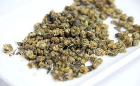 治疗酒糟鼻的土方法 哪些方法能治疗酒糟鼻 治疗酒糟鼻的偏方