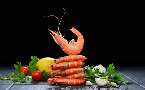 吃虾有助增强免疫力 吃虾有哪些好处 虾不能和哪些食物一起吃